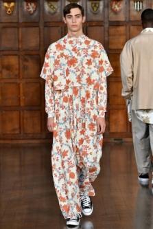 Londres Fashion Week – Edward Crutchley