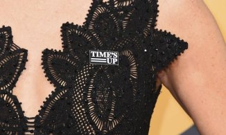x74136753_Missi-Pyle-wears-a-Time27s-Up-pin-as-she-arrives-at-the-75th-annual-Golden-Globe-Awards-at-t.jpg.pagespeed.ic.KEJaVk7kyg