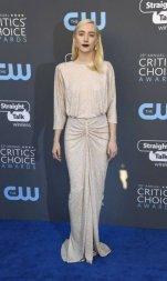 x74201379_SANTA-MONICA-CAJANUARY-11-Actor-Saoirse-Ronan-attends-The-23rd-Annual-Critics27-Choic.jpg.pagespeed.ic.9yLL9xIM_n
