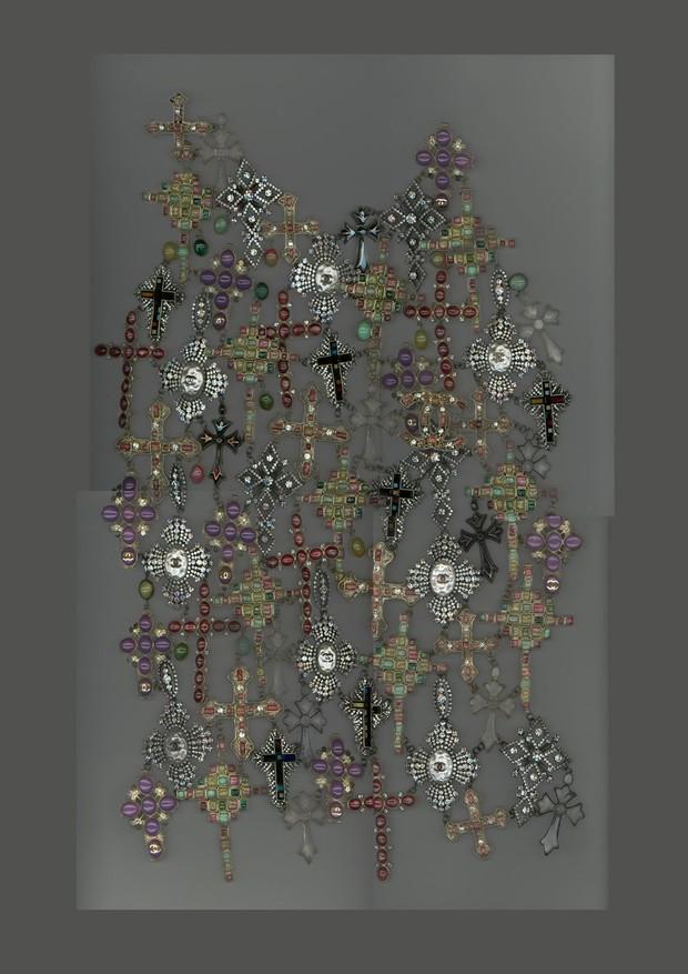 06-met-exhibit-vatican-fashion