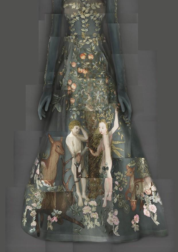 09-met-exhibit-vatican-fashion