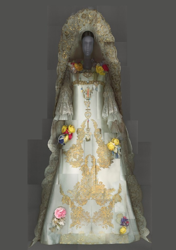 12-met-exhibit-vatican-fashion
