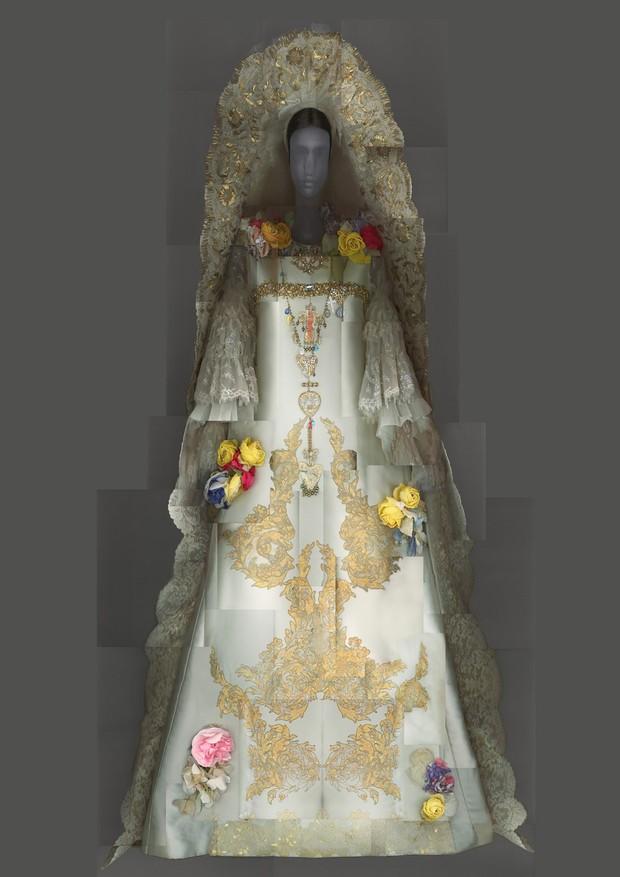 12-met-exhibit-vatican-fashion